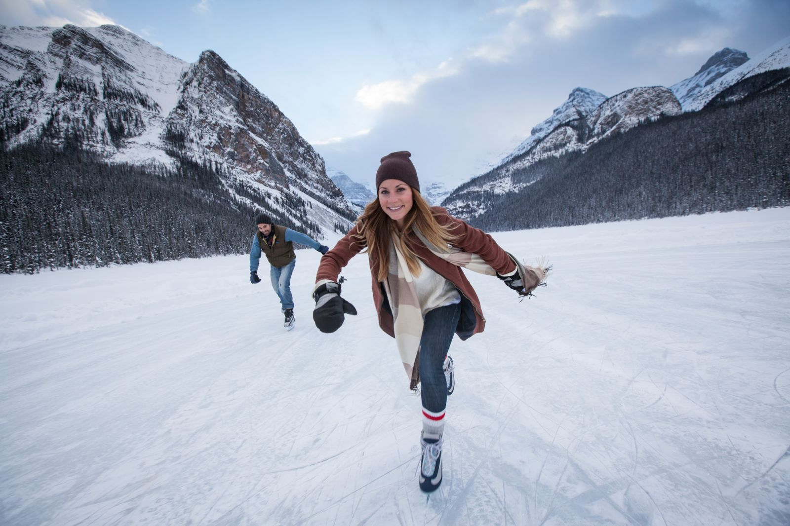 6 Winter Adventures To Try In Banff Amp Lake Louise Banff Amp Lake Louise Tourism
